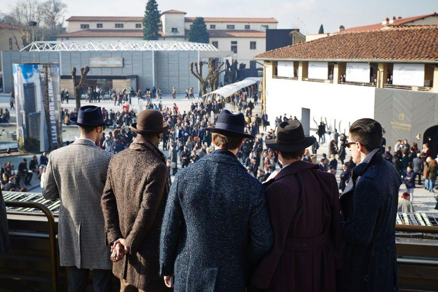 Jako v divadle. Pánská móda na Pitti. Zdroj: pittimmagine.com